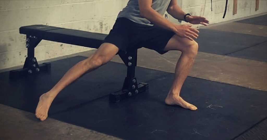 hip mobility exercises while sitting